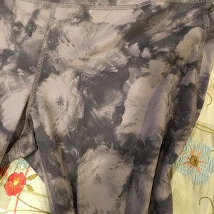 NWOT Athleta yoga tights (XL) Grey floral